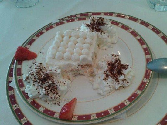 La Sirena: Verrukkelijk ijsdesserttaartje
