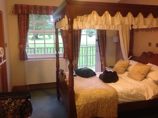 Hawkstone Park Hotel: Our suite