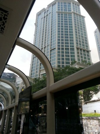 Grand Copthorne Waterfront Hotel: Hotel view from water taxi