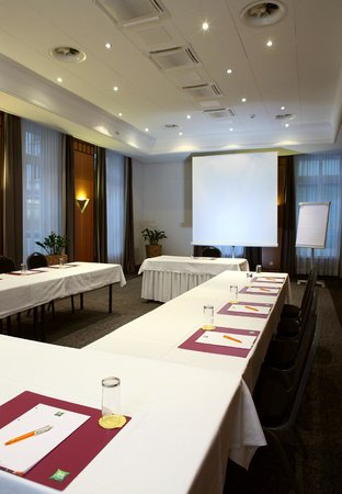 ibis Styles Luzern City: Meeting room