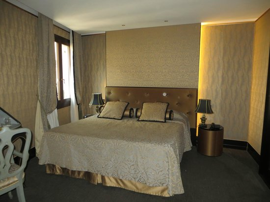 Aqua Palace Hotel : bedroom