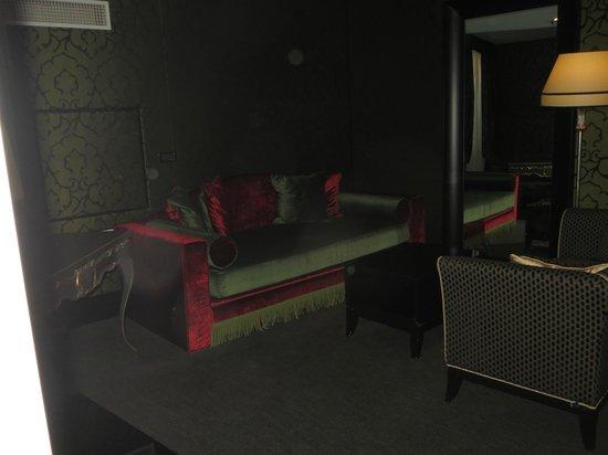 Aqua Palace Hotel: living room