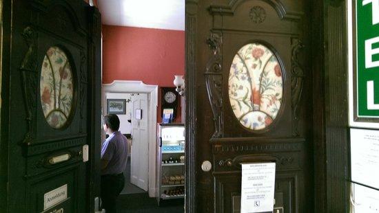 Hotel-Pension Rheingold: Вид под антик