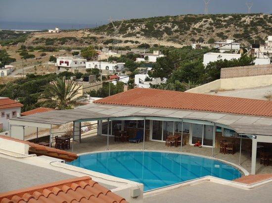 Hotel Damnoni Bay: zicht vanuit kamer