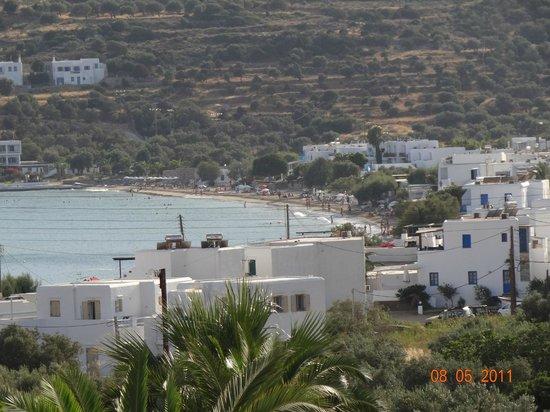 Alexandros Hotel : vue de l hotel de la baie