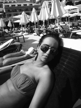 Orka Sunlife Hotel: poolside