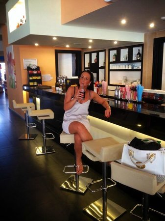 Orka Sunlife Hotel: lobby bar