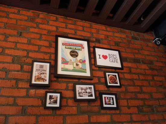 Kopi Ping Cafe: decoration