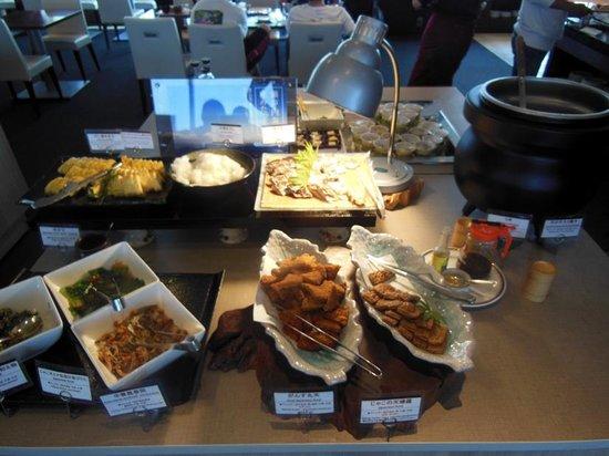 Mitsui Garden Hotel Hiroshima: 豊富な地元食材を生かしたお料理に食べ過ぎました