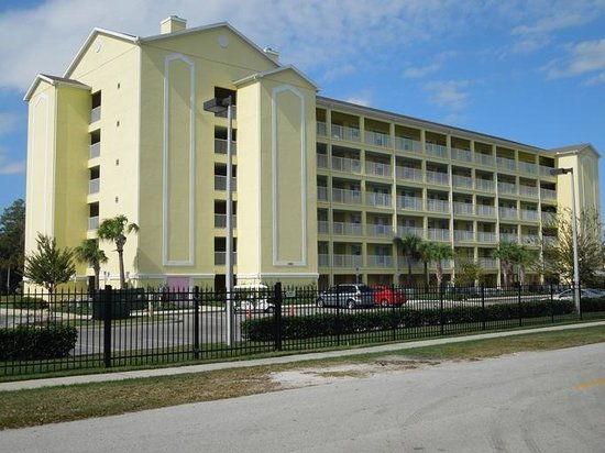 The Barefoot Suites: The Barefoot Condo Suites