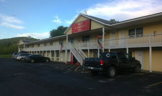 Red Carpet Inn: Carpet Inn Richmondville