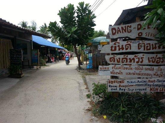 Forra Diving - Day Trips : Koh Lipe Street
