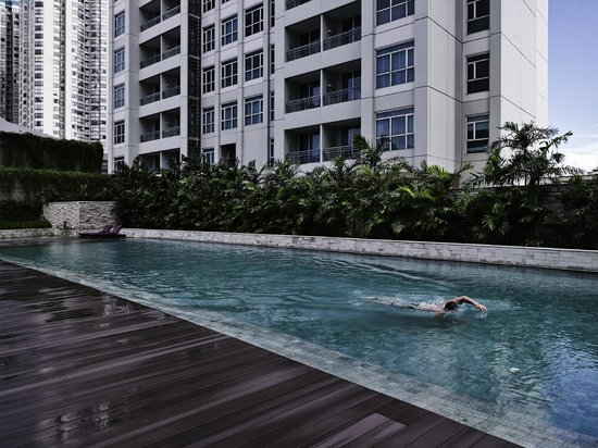 Swimming pool picture of pullman jakarta central park - Pullman central park swimming pool ...