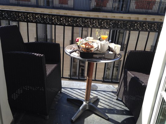 Hotel WO - Wilson Opera: Petit balcon