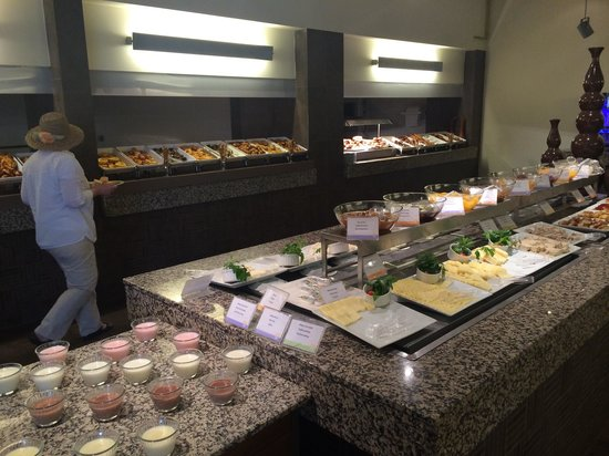 Club Med Palmiye: buffet breakfast