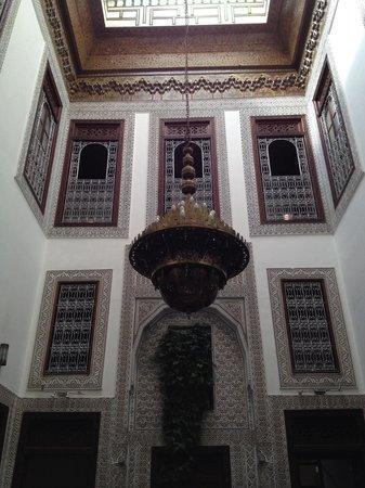 Riad Dar Cordoba: Courtyard for dining