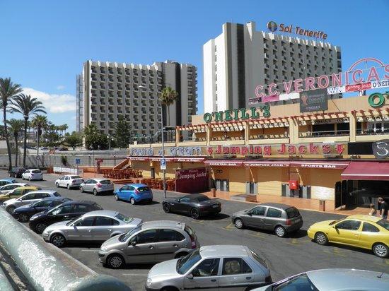 Sol Tenerife: avenue et hotel