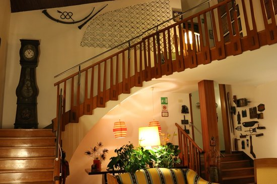 Quattro Fontane Hotel: the stairs to our room