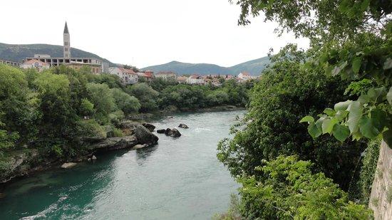 Neretva River: Wartki nurt