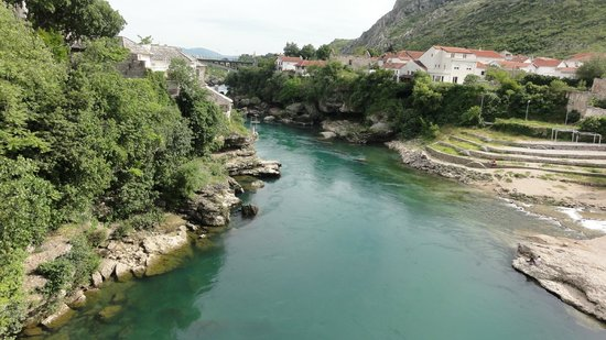 Neretva River: Wyrzeźbione koryto