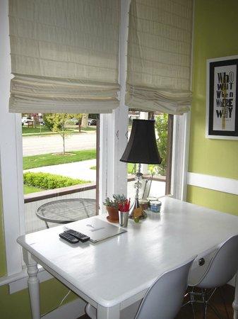 Boise Guest House, Story Suite