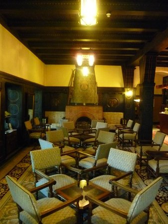 Hotel Belvedere: One of the rooms to relax in after mealtime.