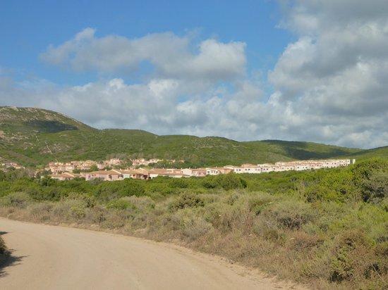 Calarossa Village: Résidence vu de l'extérieur