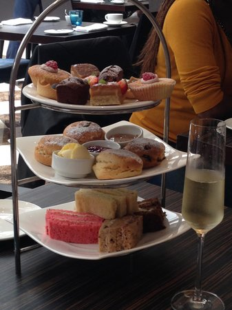 The Montcalm London Marble Arch: Afternoon Tea