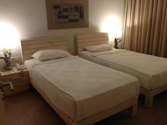 Hotel Zeytinada: Slaapkamer