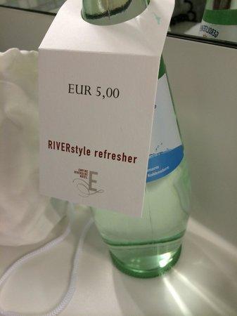 Empire Riverside Hotel: Stolze Wasserpreise
