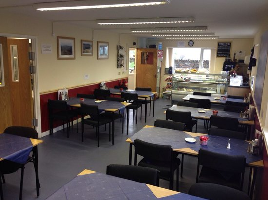 Caffi Cookes Cafe: Seating area