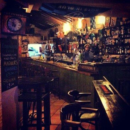 The Bailey Irish Pub : 1