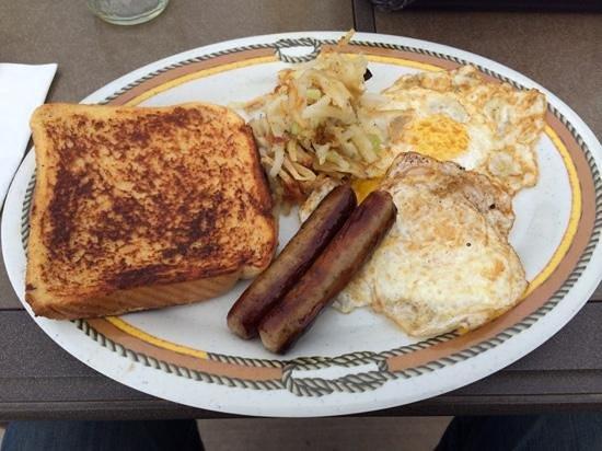 K3 Guest Ranch Bed & Breakfast: great Breakfast in the Garden