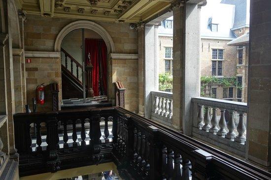 Rubens House (Rubenshuis) : лестница