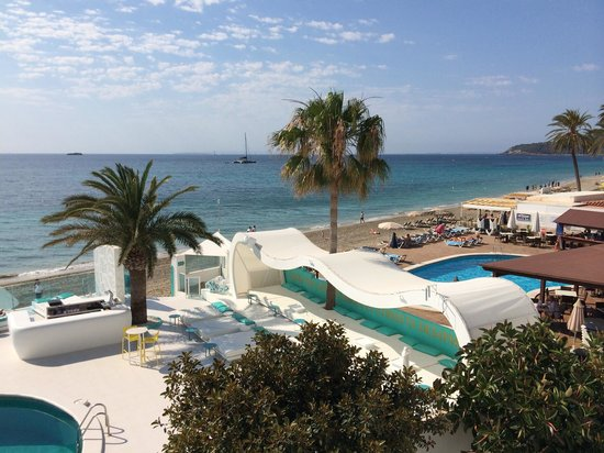Santos Ibiza Suites: Sea view room 311
