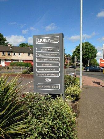 Abbey Inn: Exterior