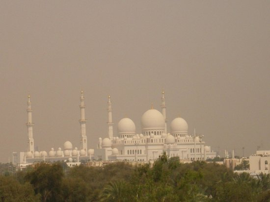 Hilton Capital Grand Abu Dhabi : Moschee
