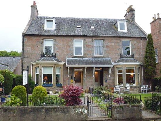 Macrae Guest House