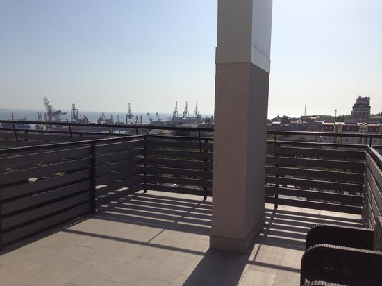 Continental : Terrace