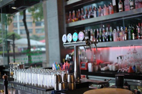 Bocca Kitchen + Bar: Bocca Bar