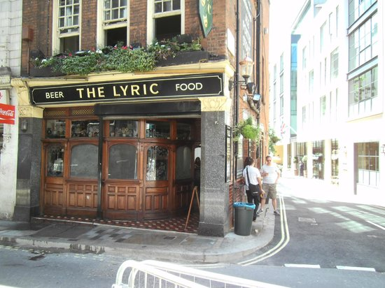 Soho: One of the Nice Pubs.
