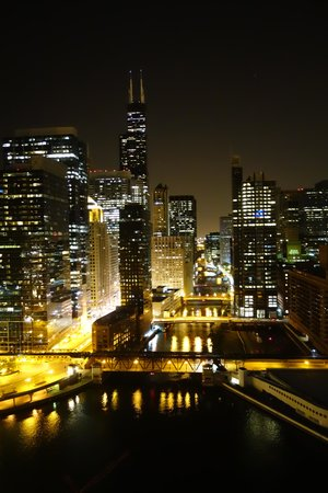 Holiday Inn Chicago Mart Plaza River North : magical view