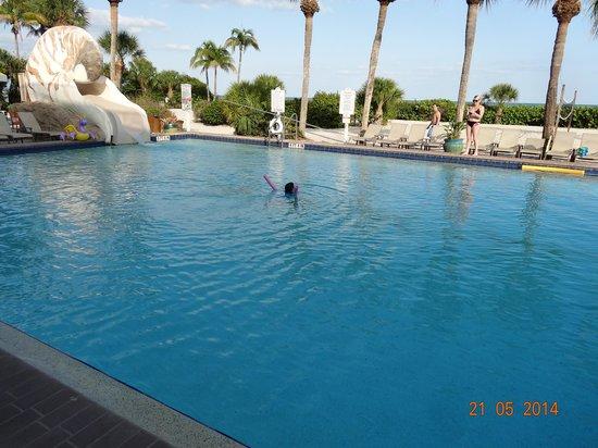 Sundial Beach Resort Reviews