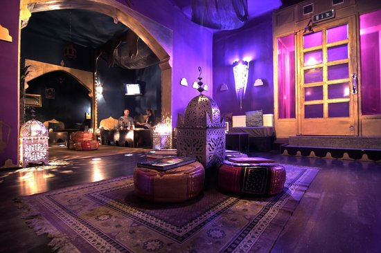 Maghnia Village Oriental Tea Lounge & Shisha: inside