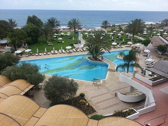 Constantinou Bros Athena Royal Beach Hotel: View from room 2215