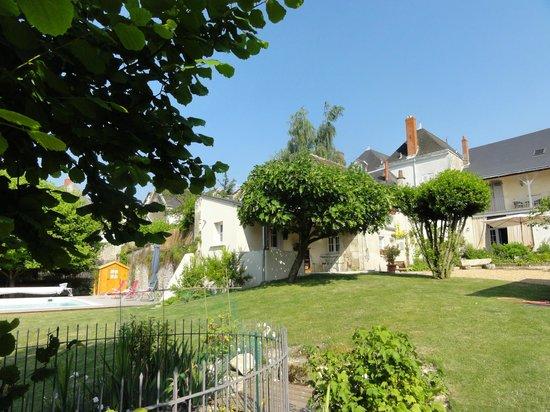 Facade petite maison picture of le figuier sainte maure - Les facades des maisons ...