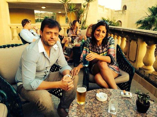 Kempinski Hotel San Lawrenz: Pre diner drinks