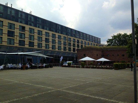 Hyatt Regency Mainz: Отель с набережной 2