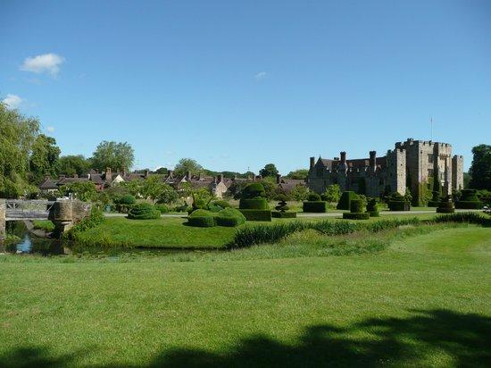 Hever Castle & Gardens: Hever June 2014