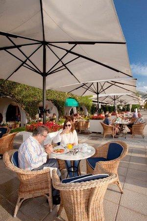 Sis Pins: Breakfast terrace